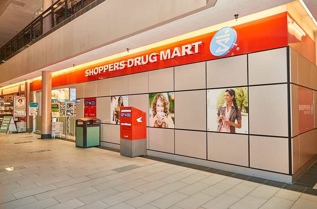 Shoppers Drug Mart, Confederation Court Mall