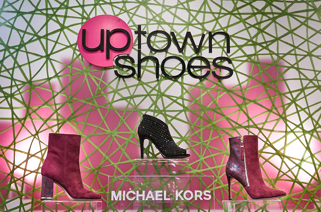 Uptown Shoes, Confederation Court Mall